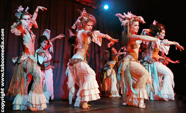 "Ultra G*psy in ""Bellydance Underworld*"